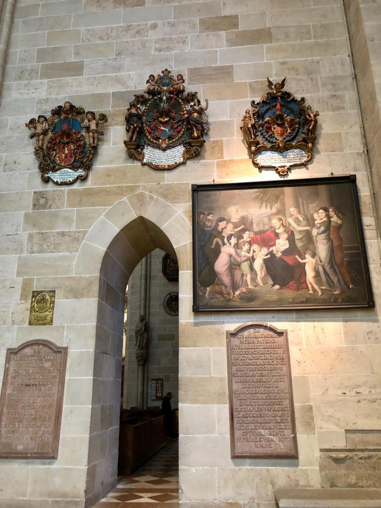 royal sigils of ulm mintser, Ulmer muenster, ulm, baden wuertemmberg
